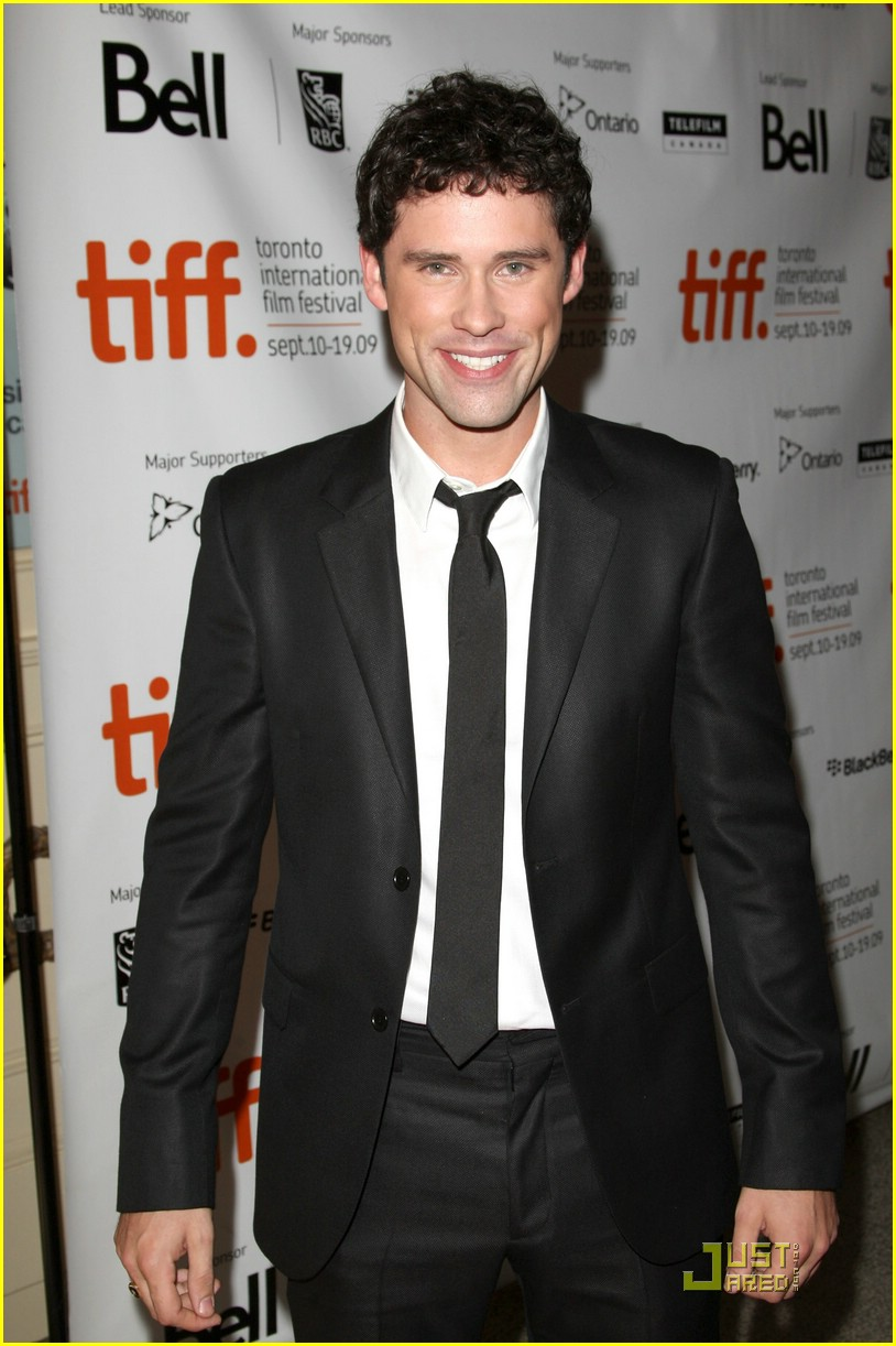 ben hollingsworth joneses tiff 03