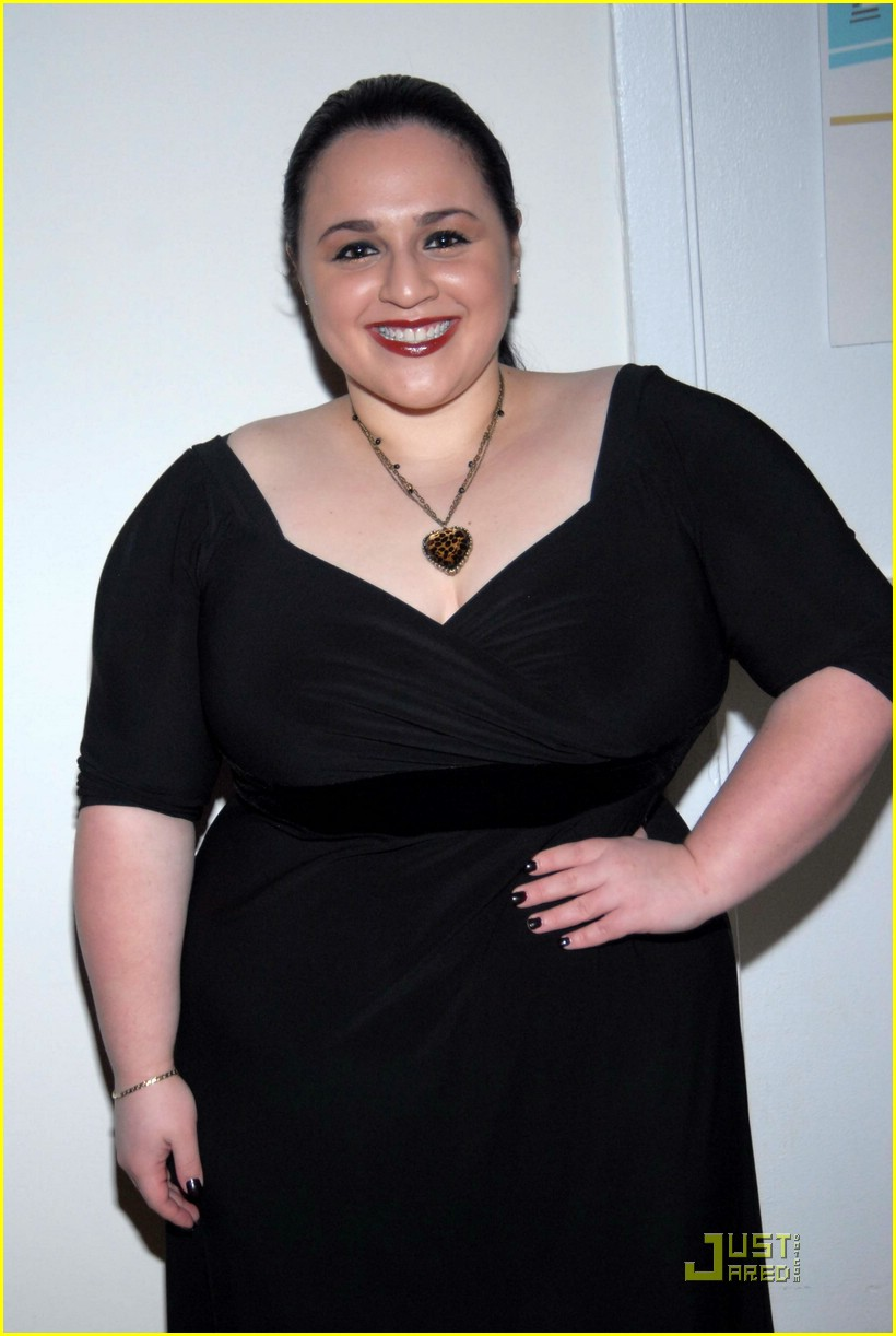 nikki blonsky very valemont 03