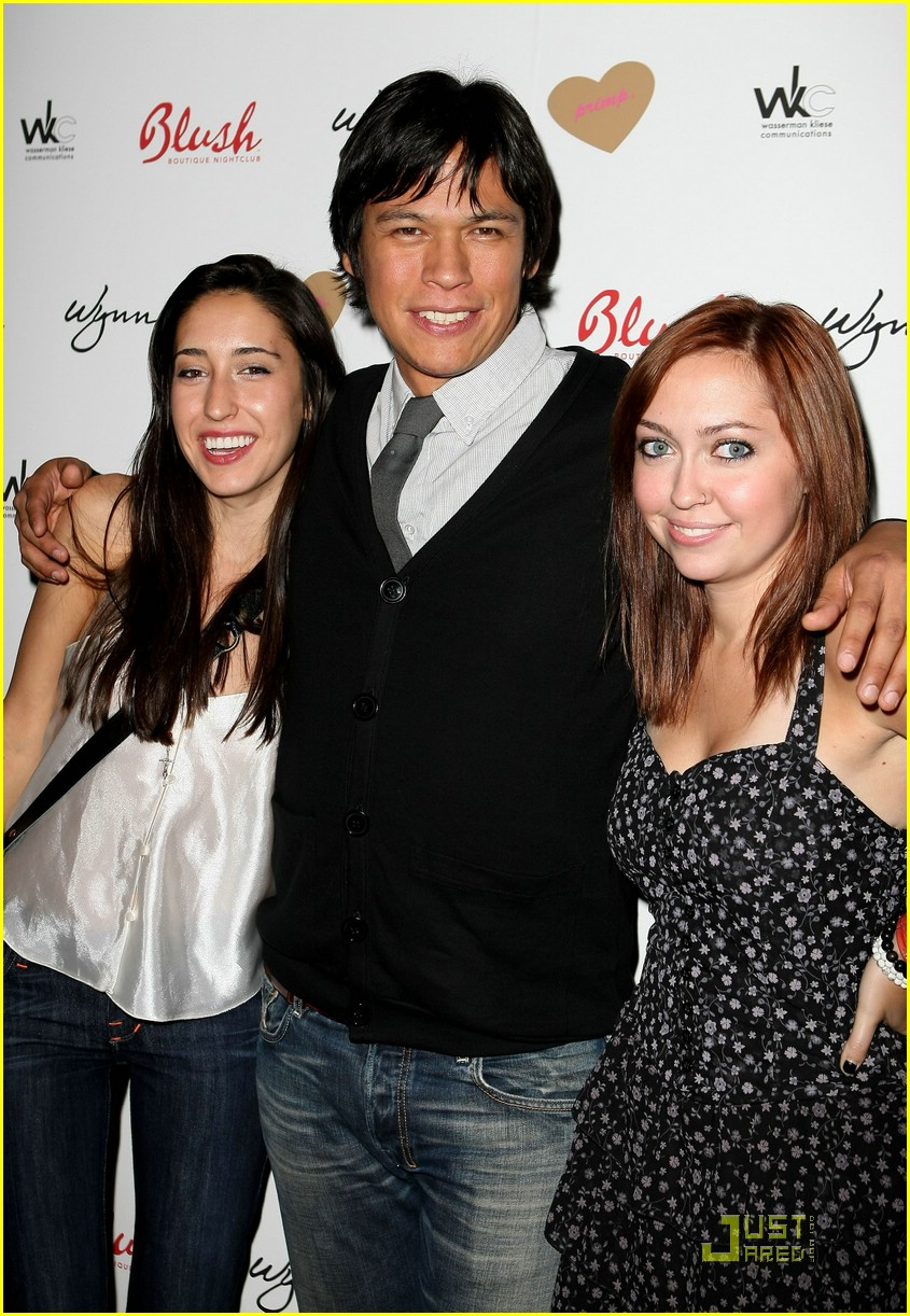 brandi cyrus chaske spencer primp 03
