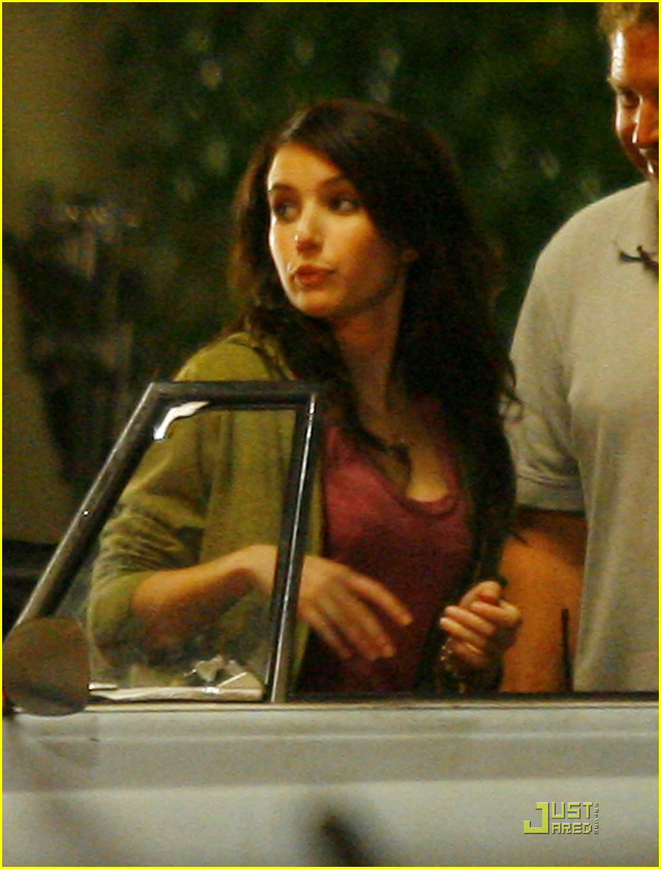 emma roberts new moon valentine day 07