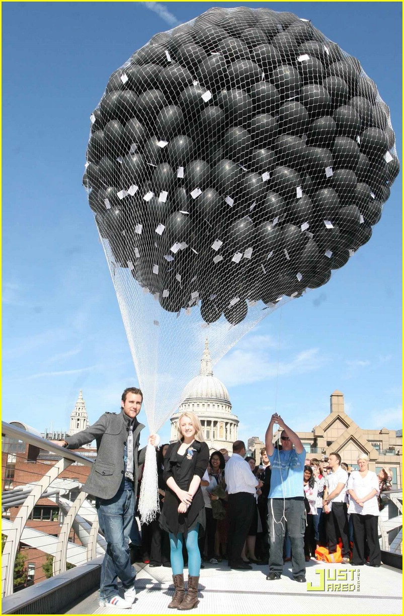 evanna lynch balloon launch 02