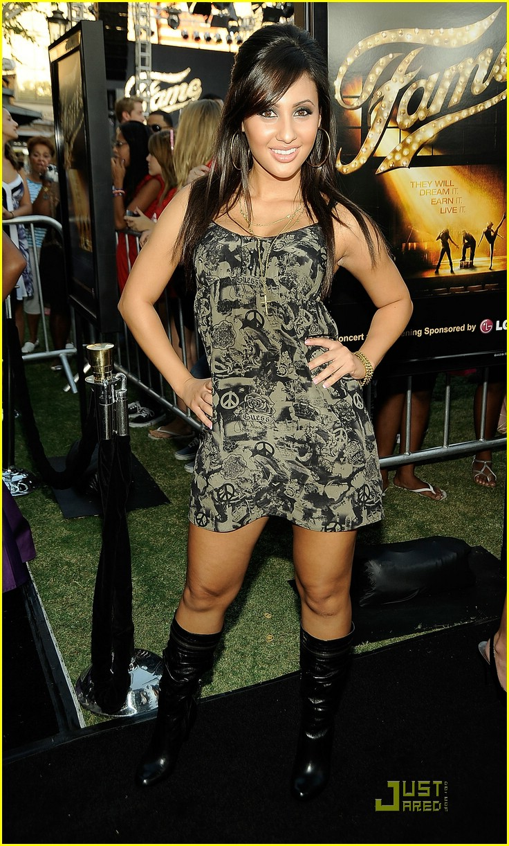 francia raisa fame premiere 03