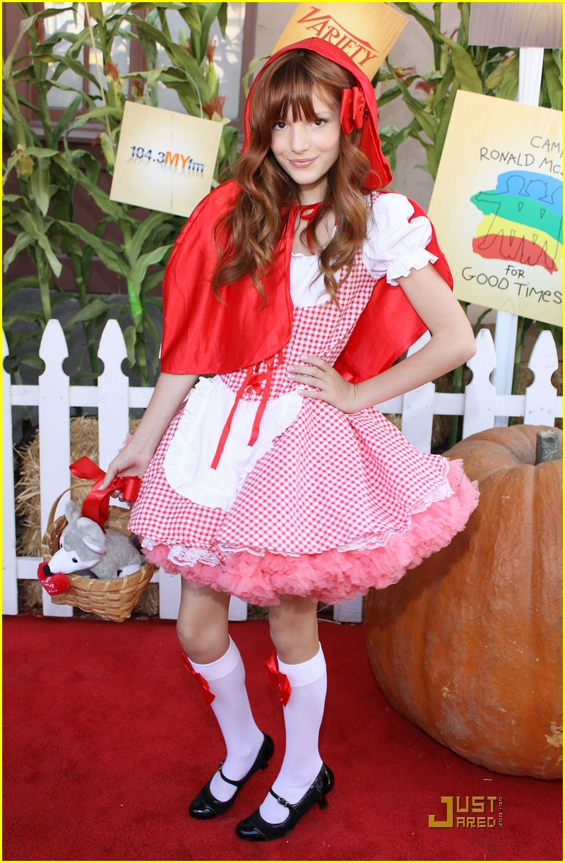 bella thorne riding hood 04