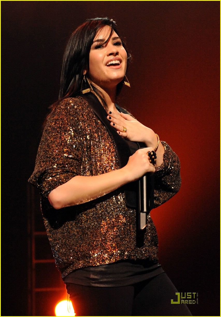 demi lovato concert hope 03