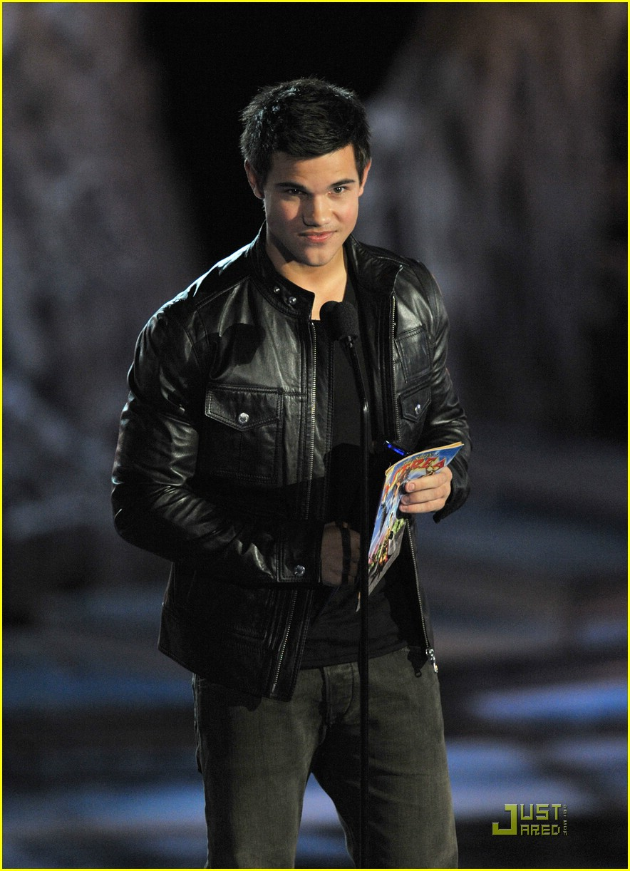 taylor lautner scream awards 20
