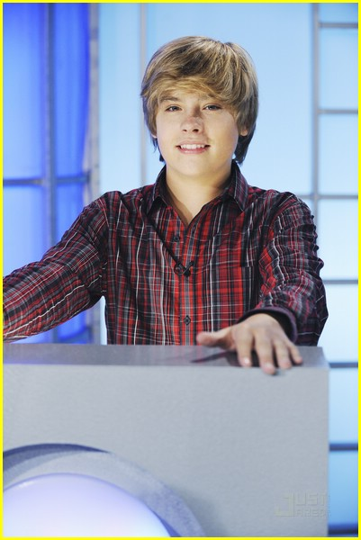 dylan sprouse nicole anderson farm friends 02