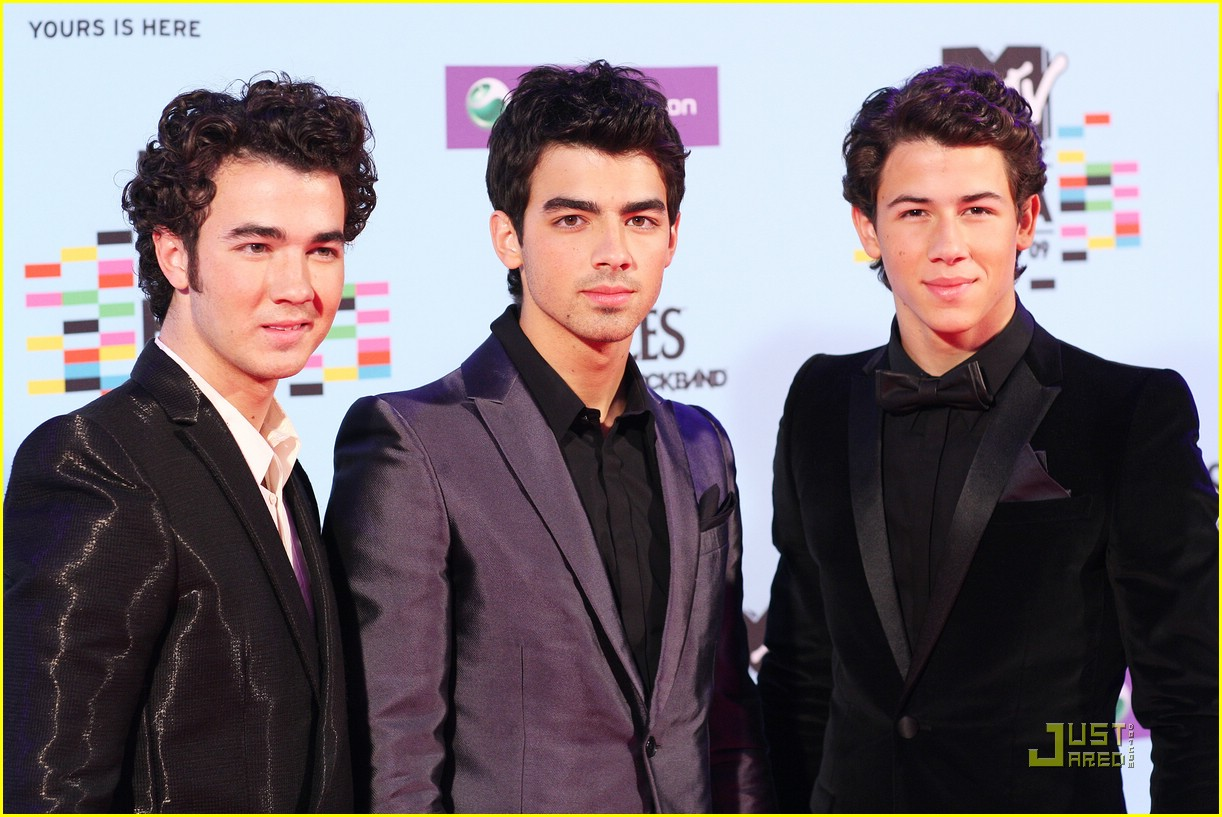jonas brothers ema awards 07