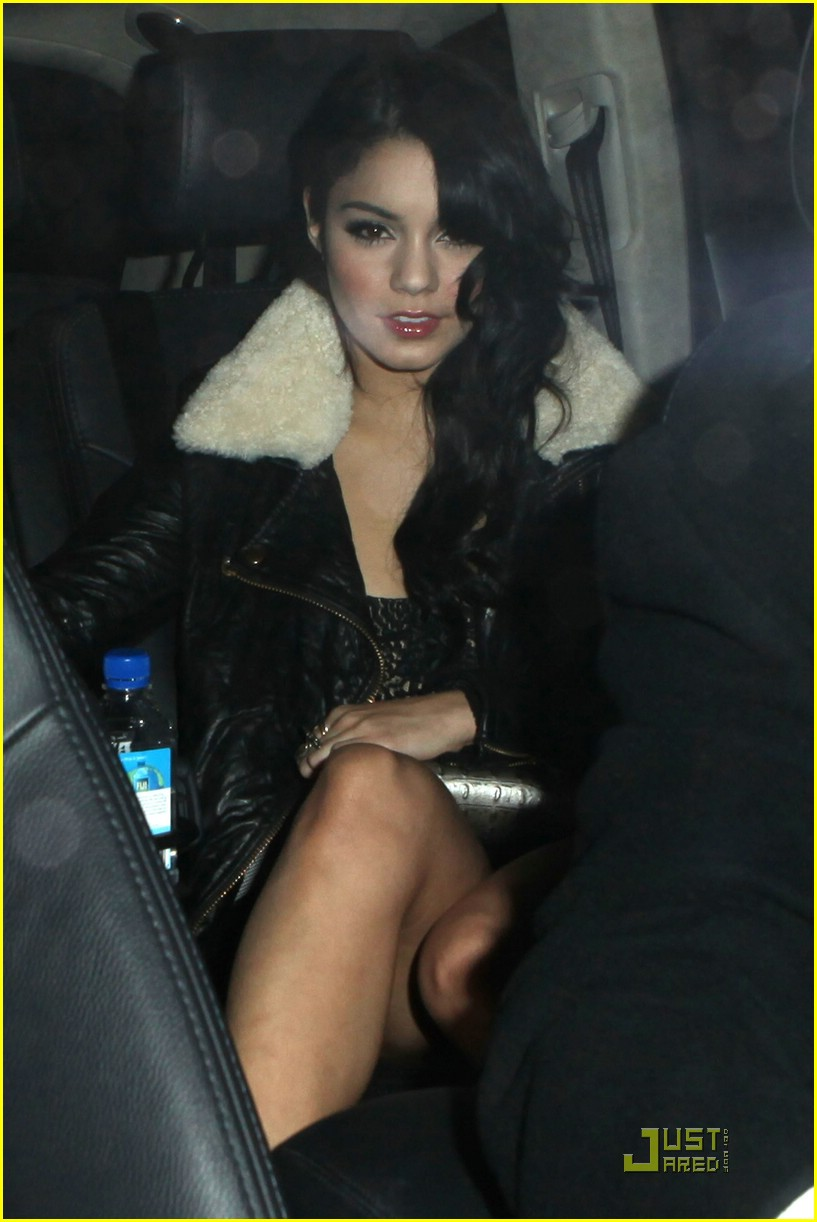 zac efron vanessa hudgens surprise party 08