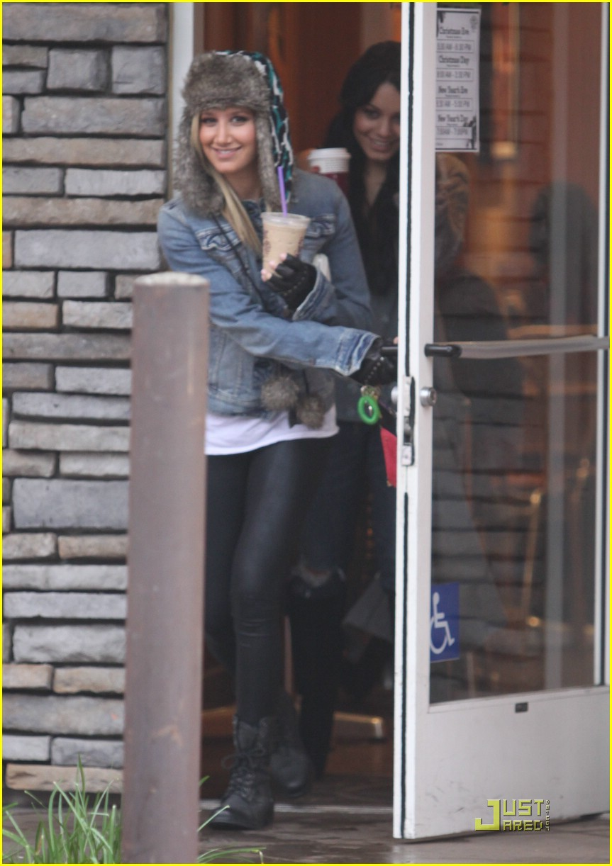 ashley tisdale vanessa hudgens coffee bean 03