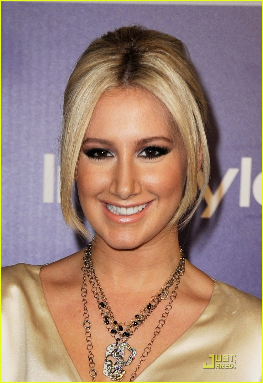 ashley tisdale 2010 golden globes after party 03