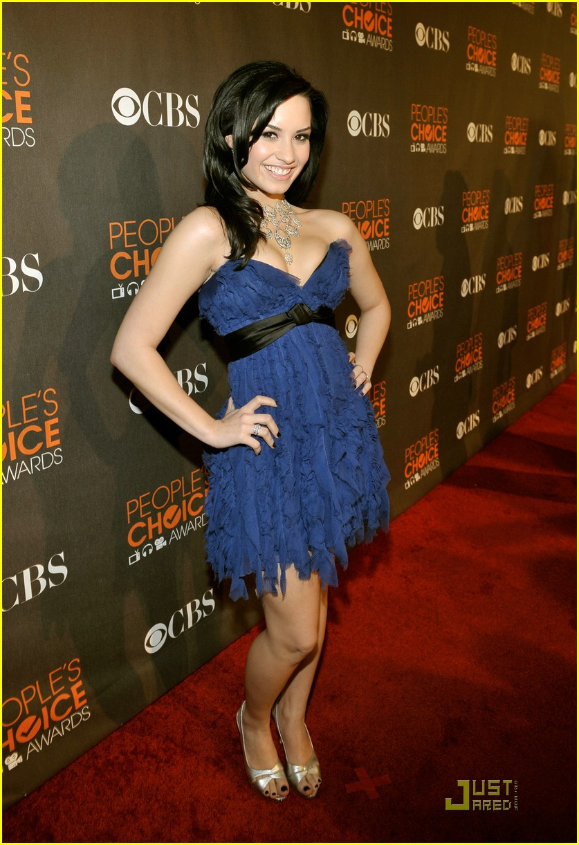demi lovato people choice awards 01
