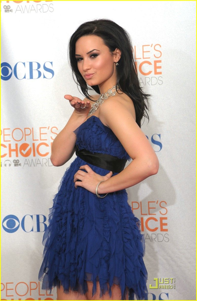 demi lovato people choice awards 02