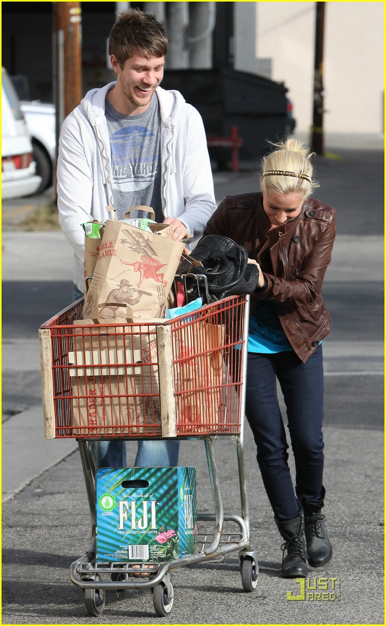 ashley tisdale scott speer trader joes 30