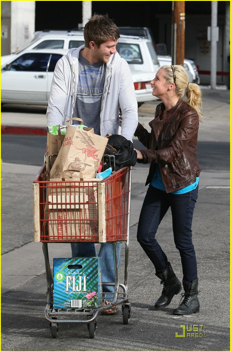 ashley tisdale scott speer trader joes 41