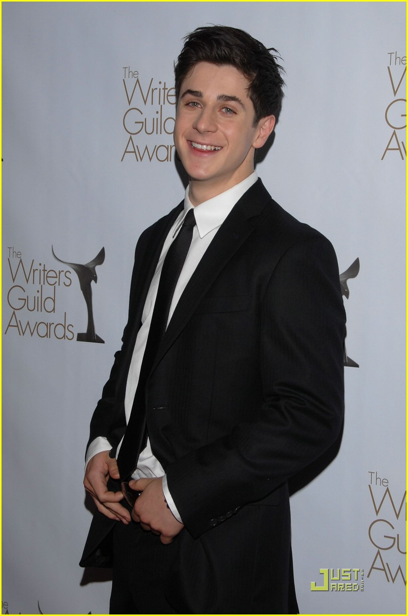 david henrie writers guild 01