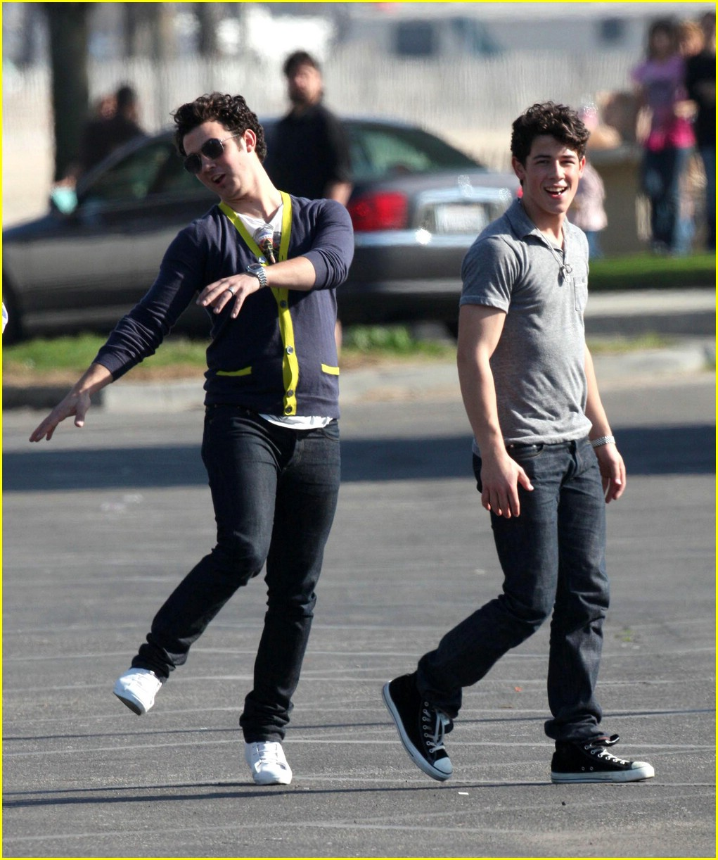 jonas brothers football set 04