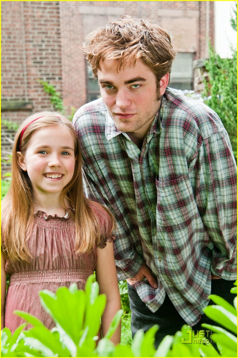 robert pattinson more remember me stills 07