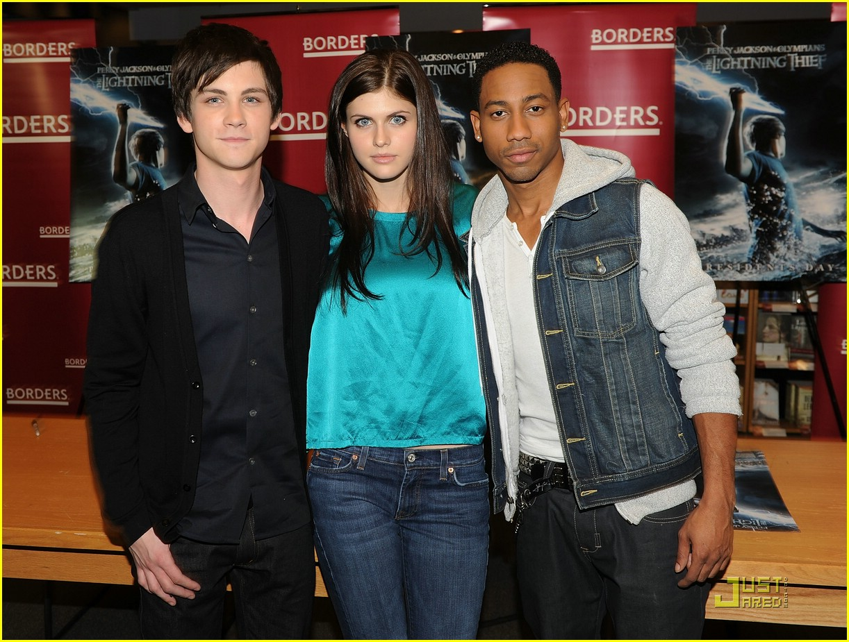 logan lerman alexandra daddario borders kips day 04