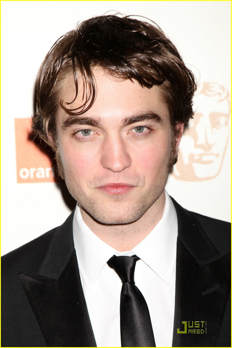 robert pattinson bafta awards 04