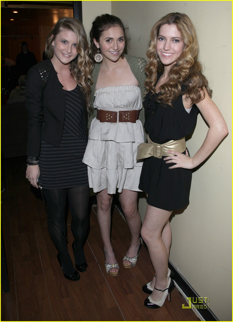 alyson stoner savannah outen helping haiti 11