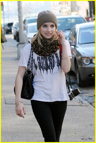 emma roberts canon cute 05