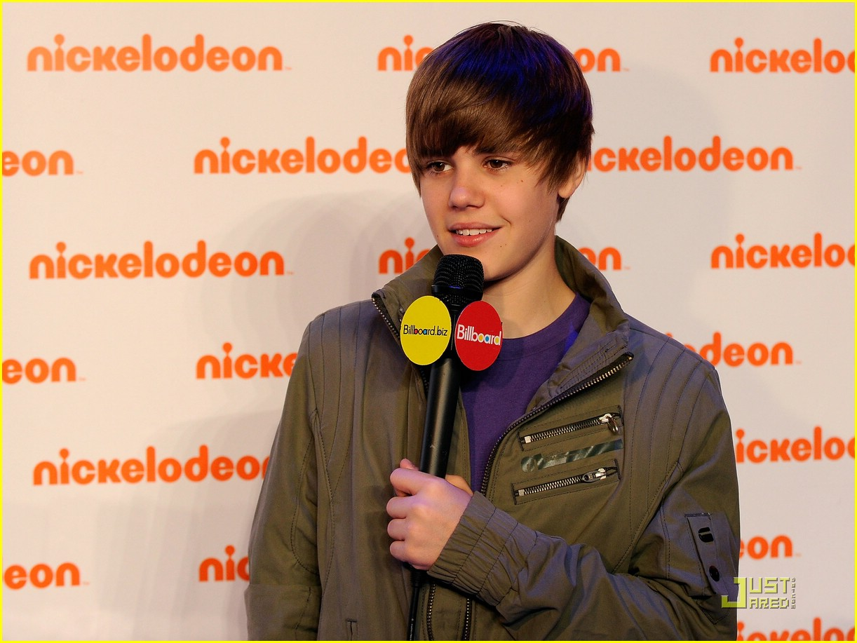 justin bieber nick upfronts 17