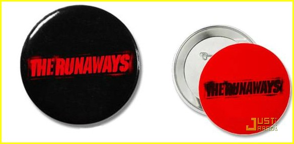 win runaways prize pack 01