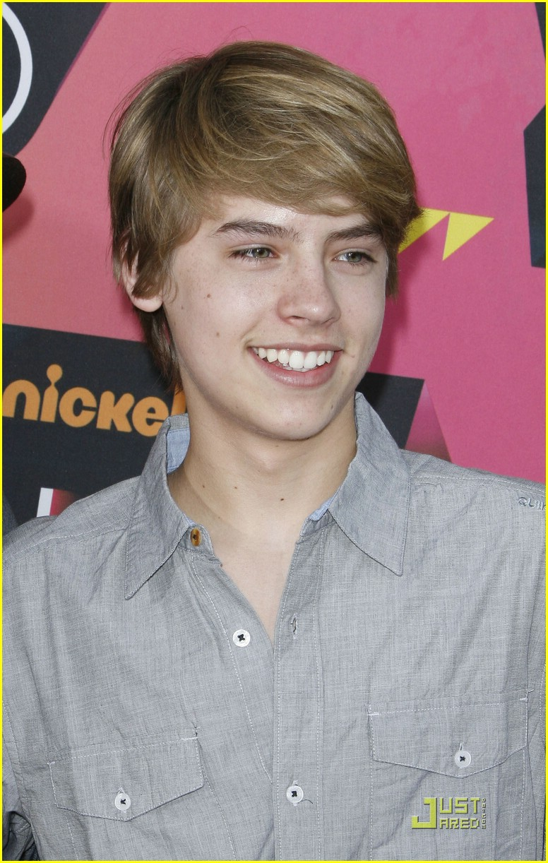 cole sprouse dating 2010 winter