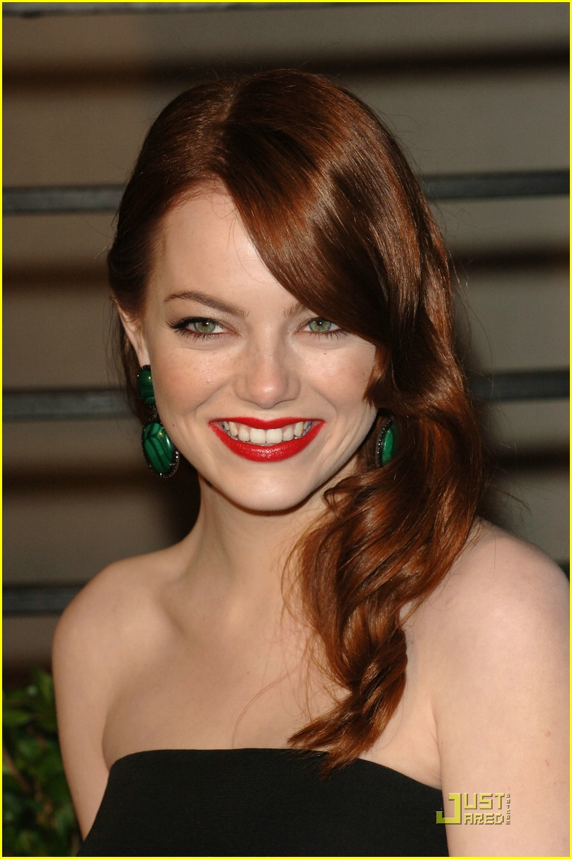 emma stone vanity fair party 02