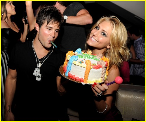 cassie scerbo birthday bash 01