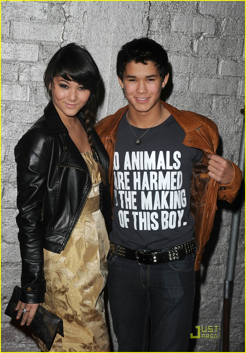 christian serratos booboo stewart star 09