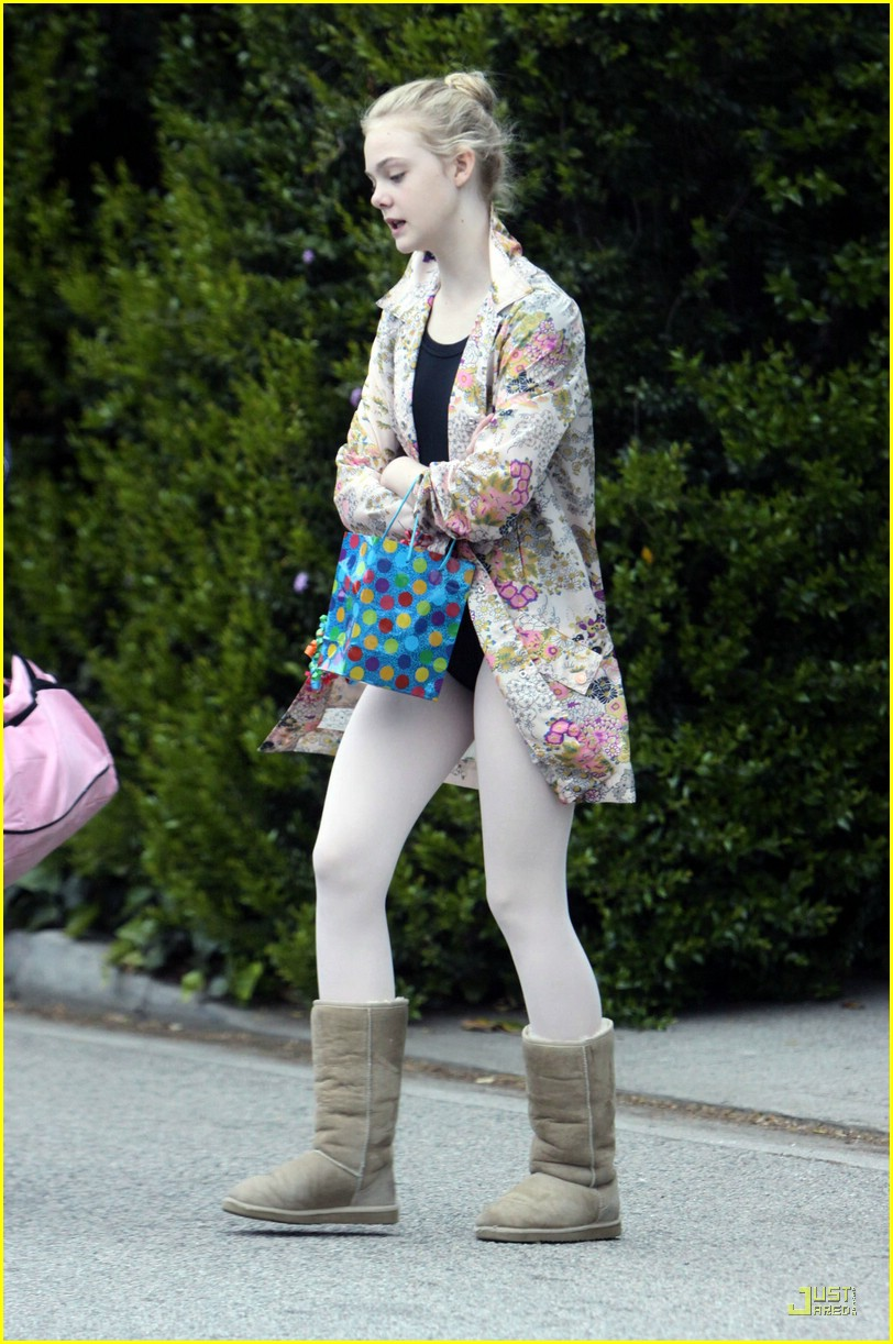 elle fanning birthday 09