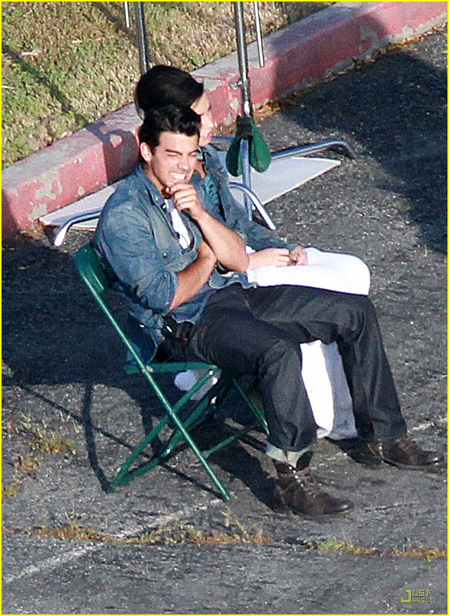 joe jonas demi lovato shoot sweet 11