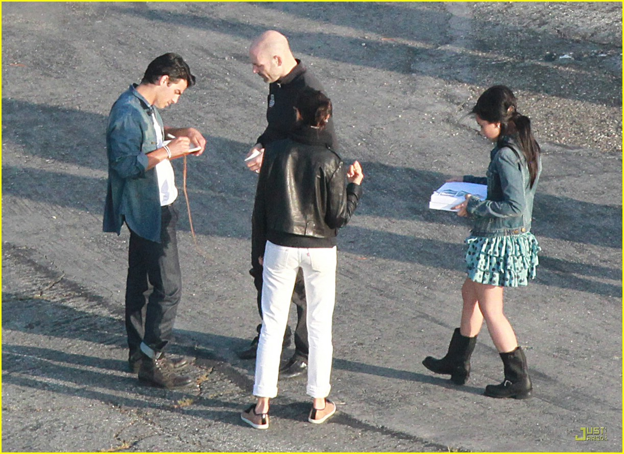 joe jonas demi lovato shoot sweet 23