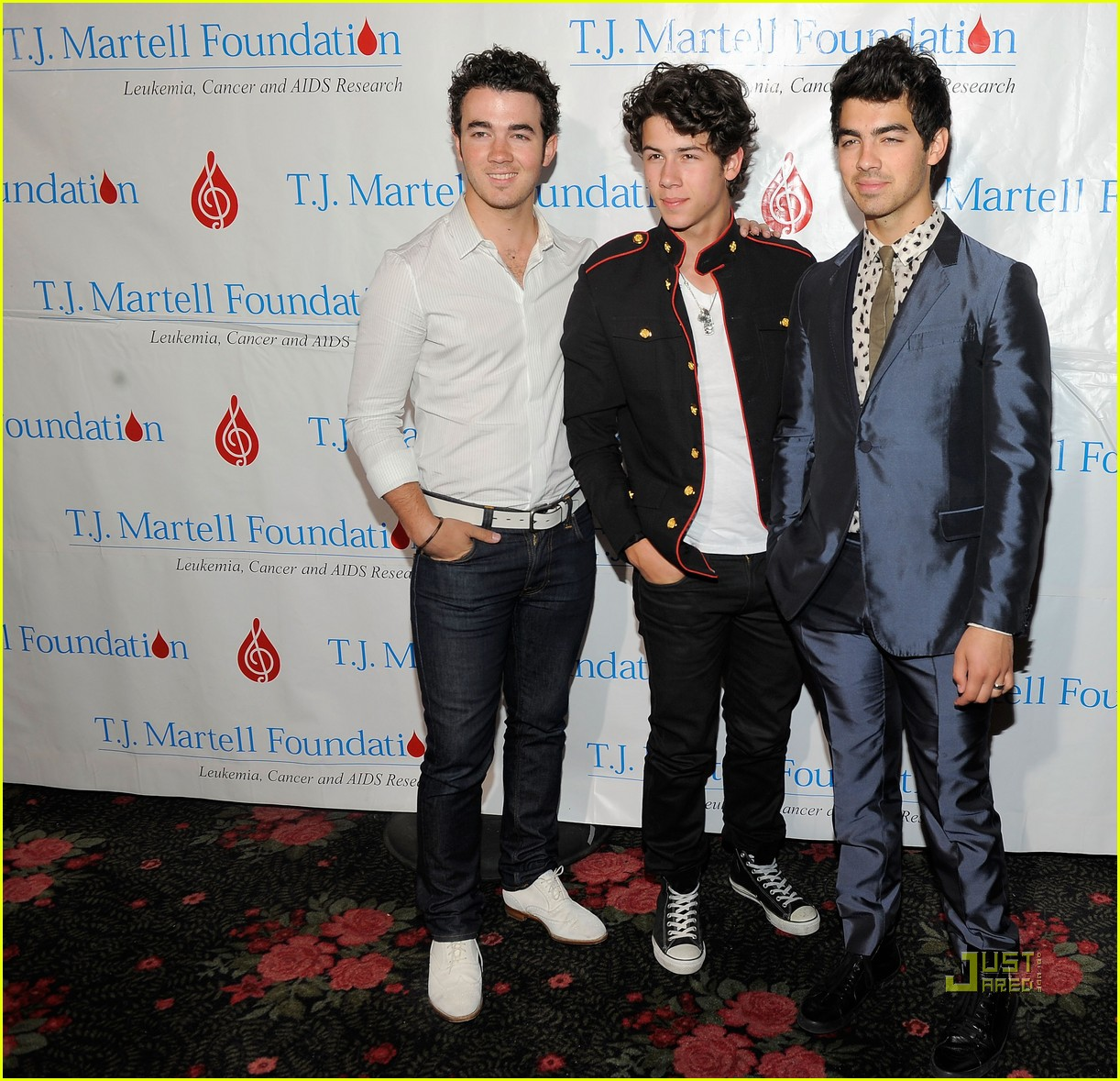 jonas brothers tj martell foundation 01