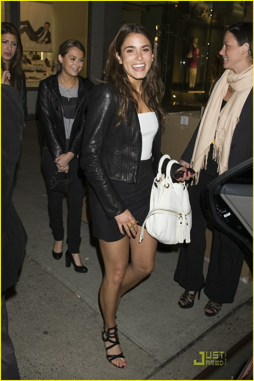 nikki reed sunglass hut hot 10