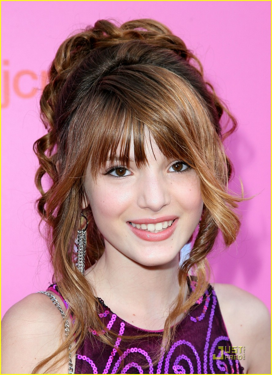 bella thorne shakes up 04