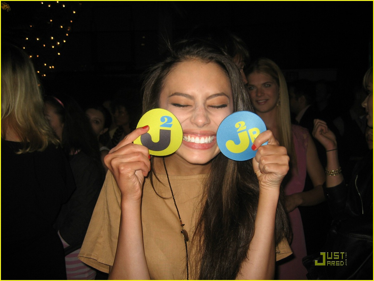 chloe bridges nylon party 02