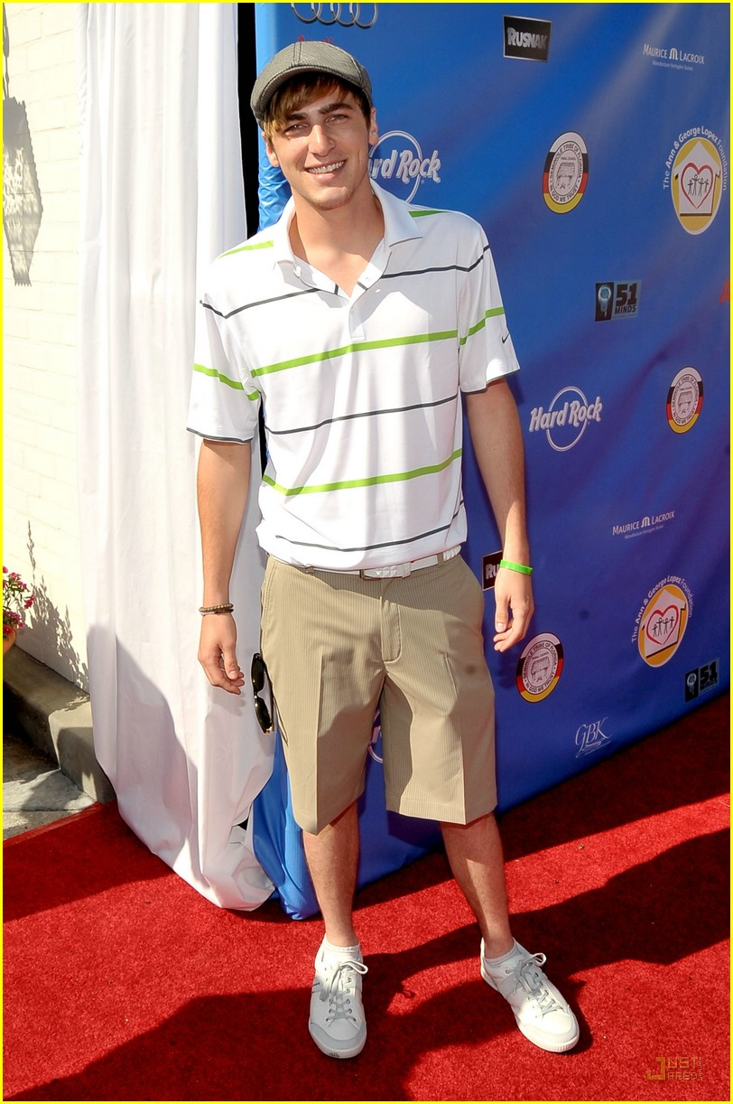 kendall schmidt golf guy 02