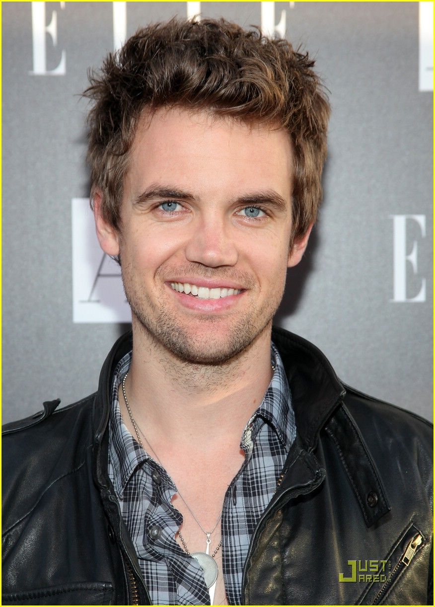 tyler hilton loaded gun chords