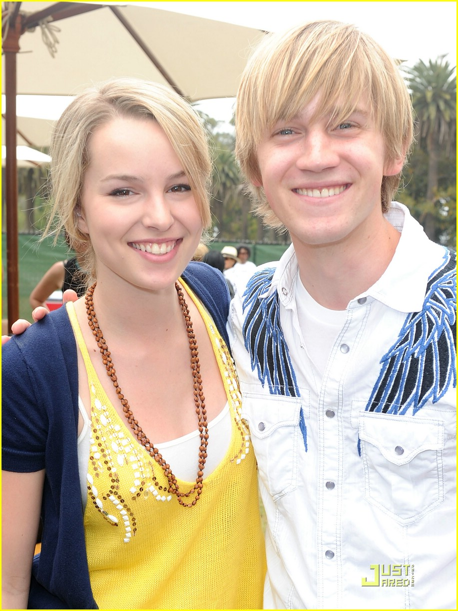 Bridgit Mendler & Jason Dolley Have Time For Heroes ...