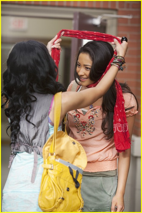 shay mitchell hear me now 08