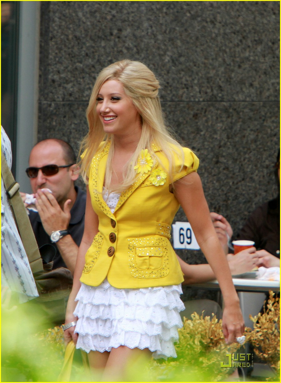 ashley tisdale yellow yorkville 16