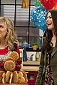 Icarly-room miranda cosgrove icarly hot room 20