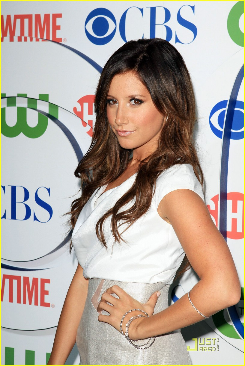 ashley tisdale cw party 13