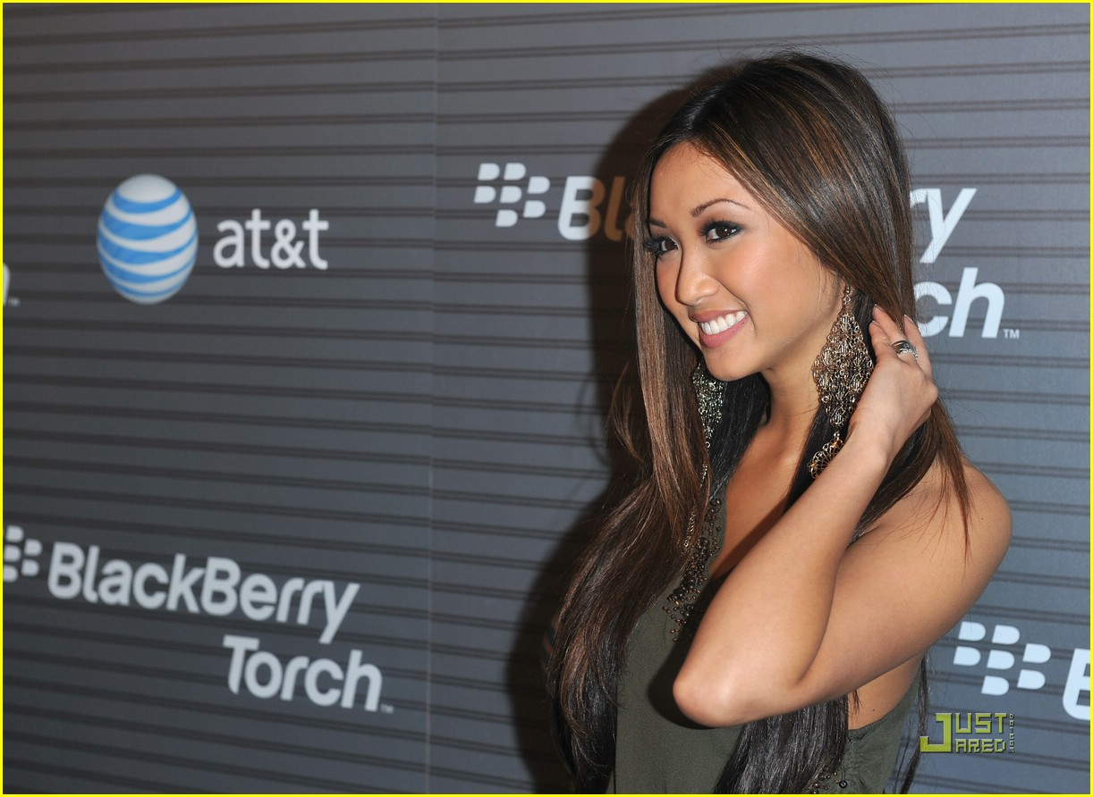 brenda song blackberry launch 01