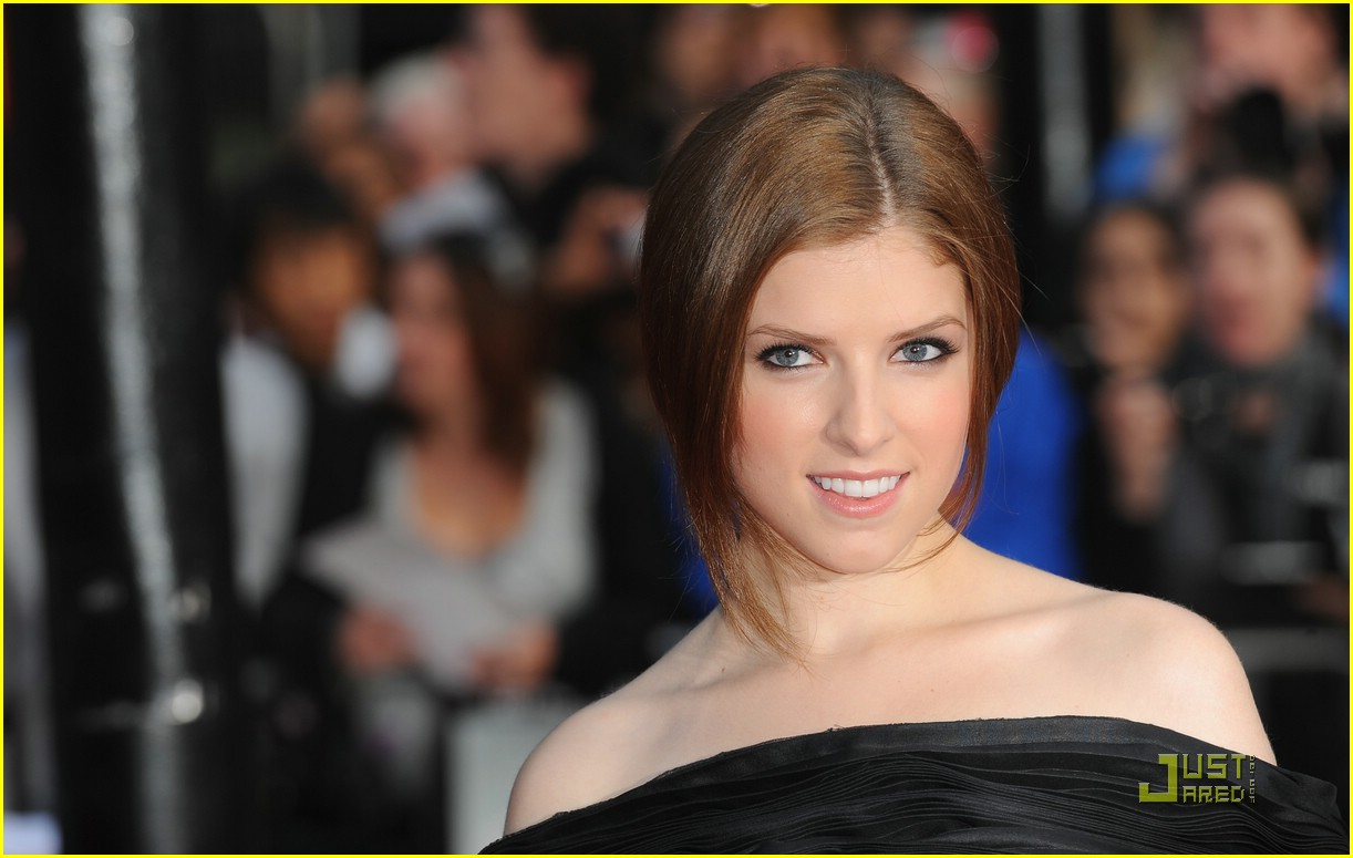 anna kendrick london pilgrim 03