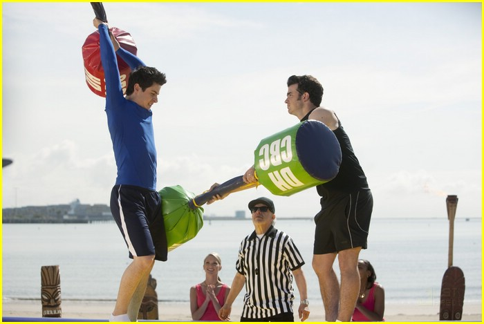 david henrie emily osment jonas 10