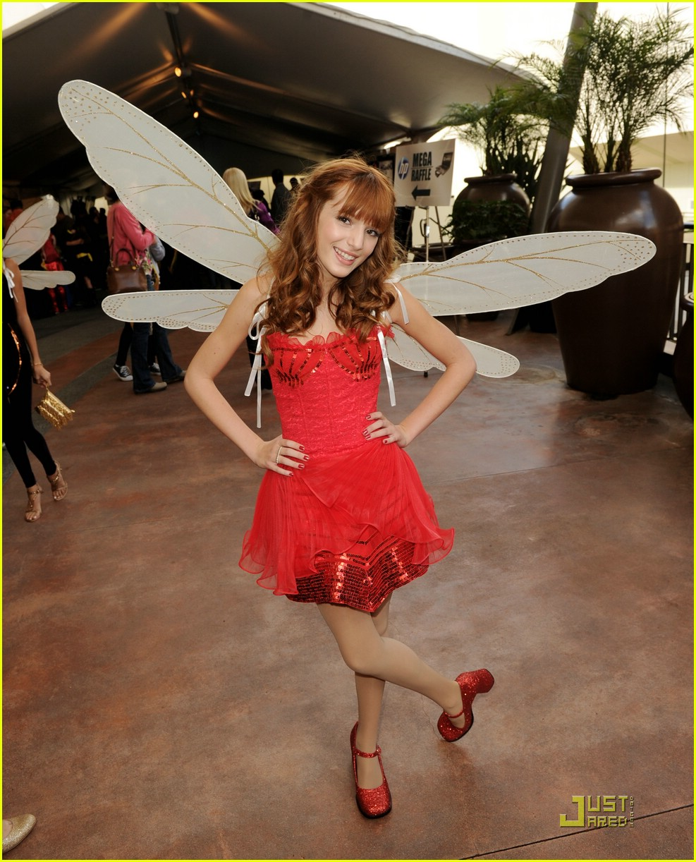 bella thorne rosetta megamind 08