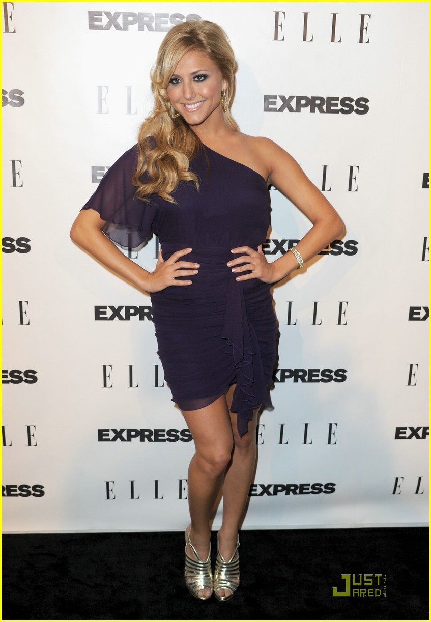 cassie scerbo elle event 02